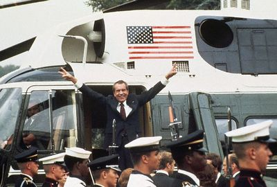 RichardNixonHelicopter.jpg